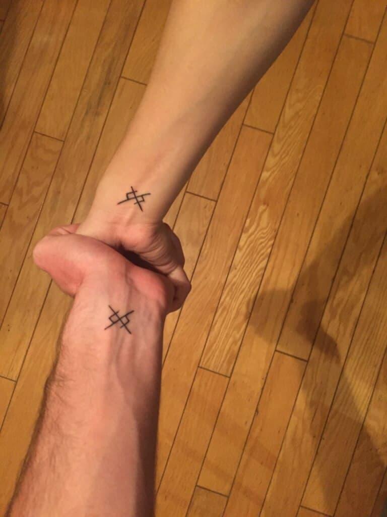tattoo klein 23
