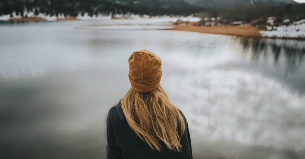 7 Tipps, um deine Schüchternheit endlich zu überwinden