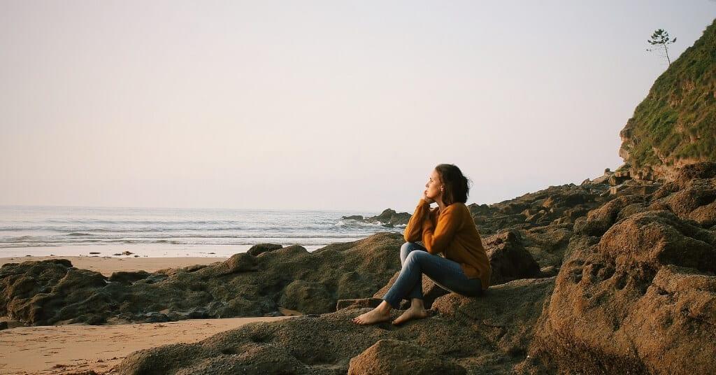 9 Gedanken, die du aufgeben musst, um glücklich zu sein