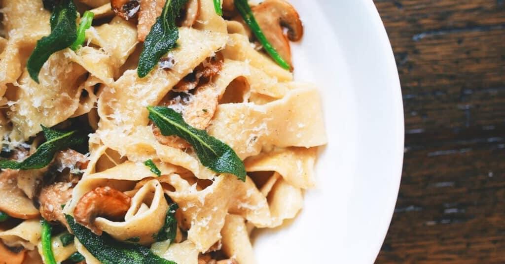 5 Pasta-Rezepte, die superlecker und schnell zubereitet sind