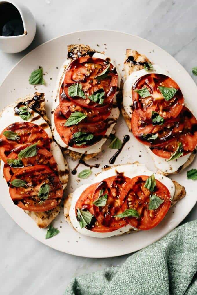 https://oursaltykitchen.com/caprese-chicken/