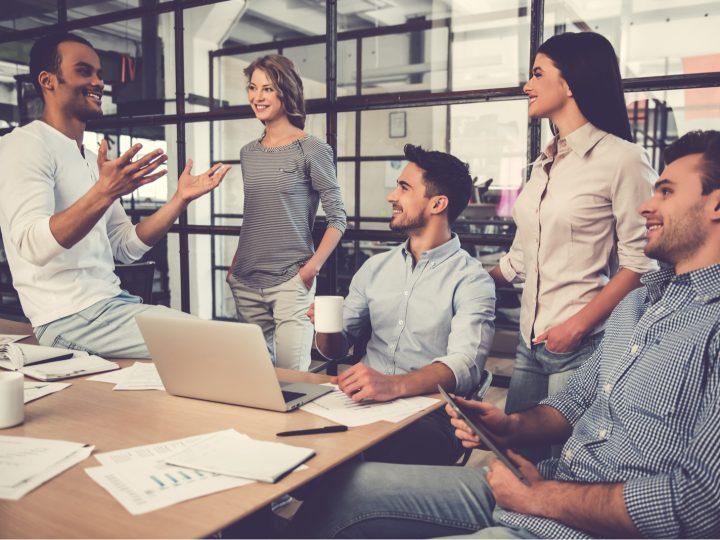 Diese 5 Sternzeichen sind die besten Arbeitskollegen